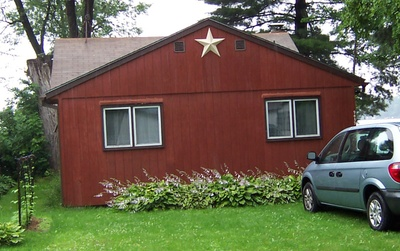 Cottage_barn_star